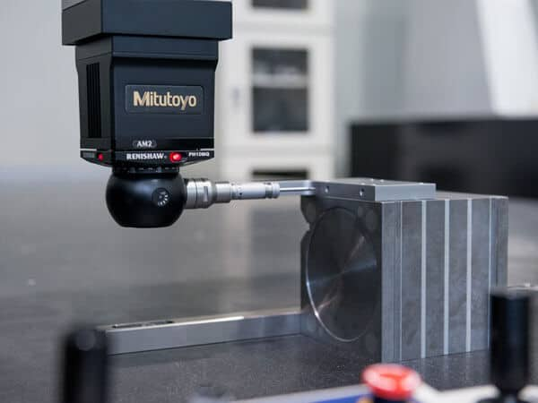 Coordinate-Measuring-Machine